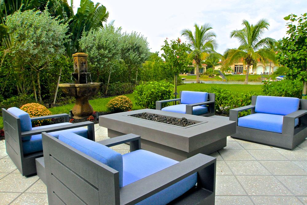 coastal contemporary patio